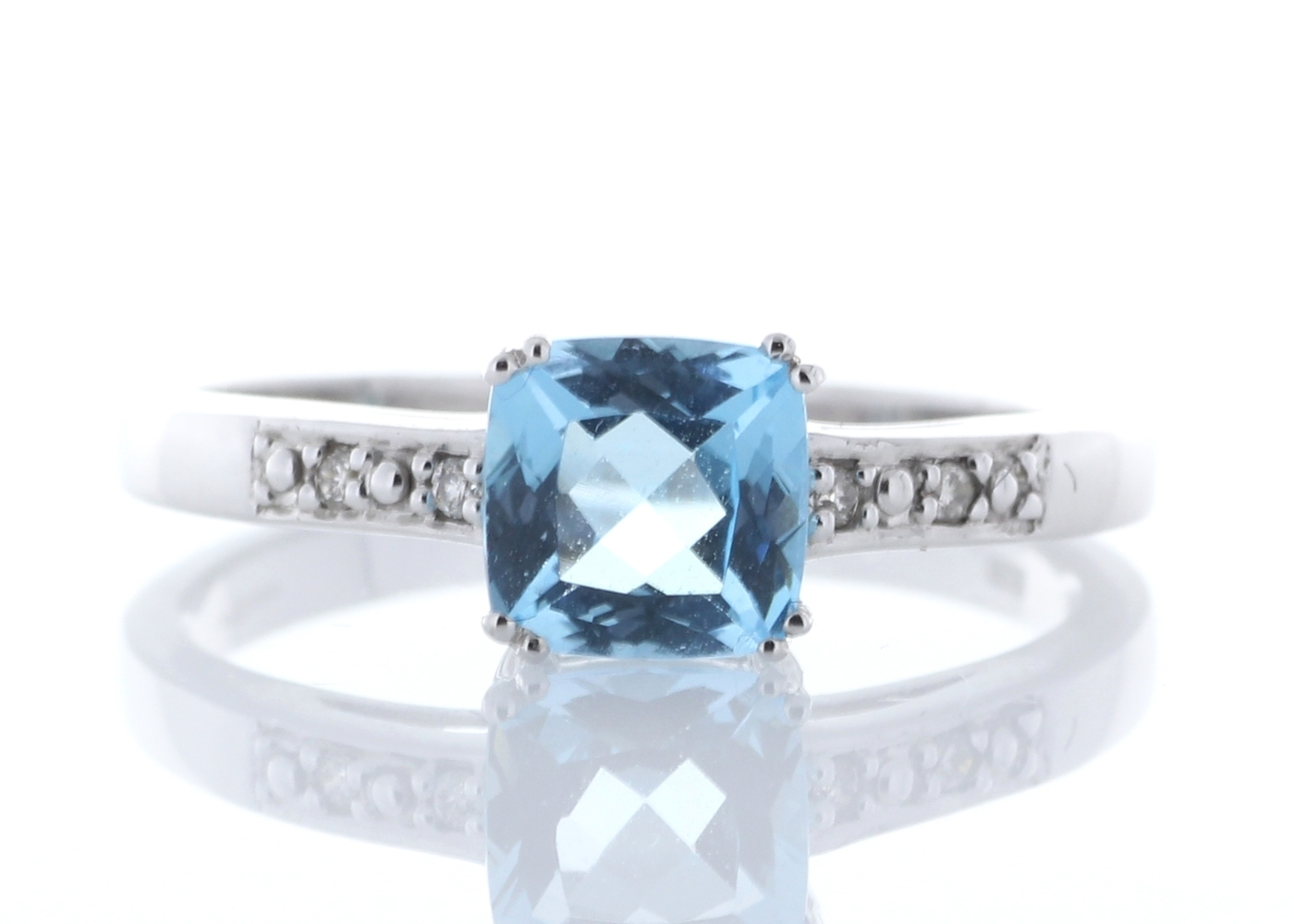 diamant blauer topas verlobungsring 9 karat weiss gold. Black Bedroom Furniture Sets. Home Design Ideas
